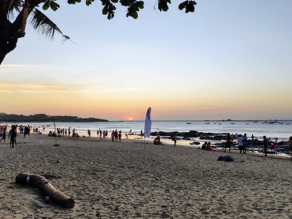 Costa Rica Tamarindo coucher de soleil plage