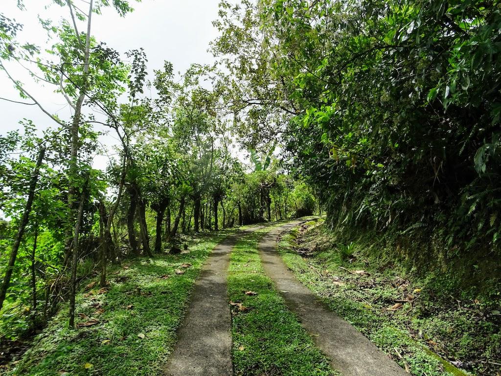 Costa Rica Arenal Cerro Chato trail up 1