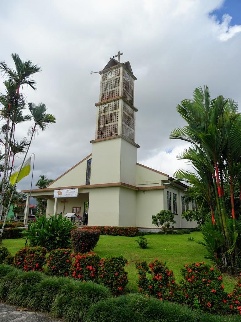 Costa Rica Arenal La Fortuna town 3