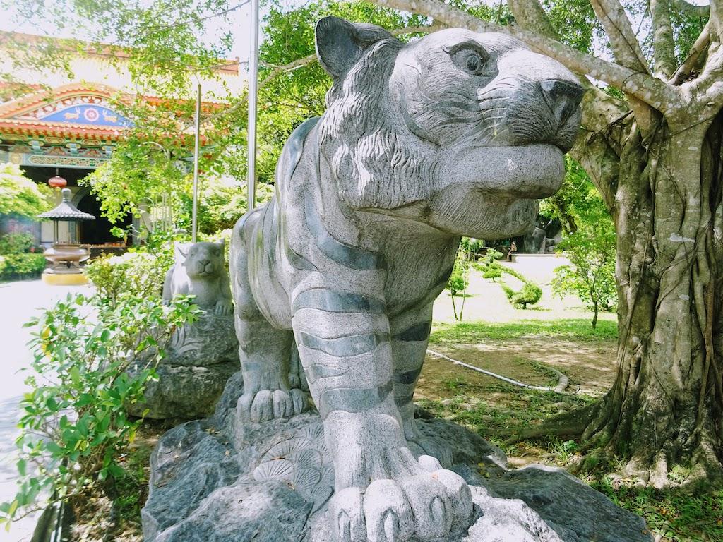 Malaisie Penang Kek Lok Si statue tigre